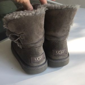 Ugg grey kids boots toddler 11 flawed short style